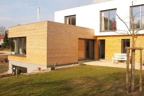 Holzhaus 02